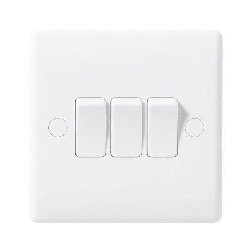 Masterplug Nexus 843 10 A 3-Gang 2-Way Moulded Light Switch