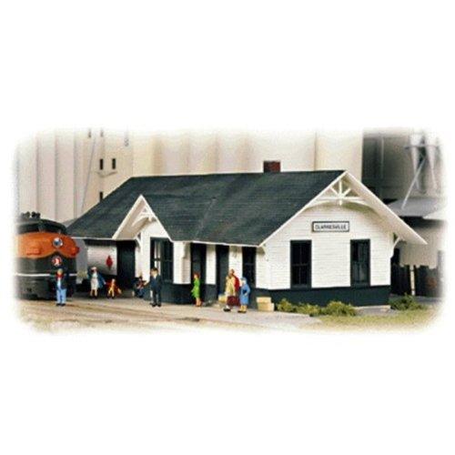 """Walthers, Inc. Clarkesville Depot Kit, 5-1/4 X 2 X 1-7/8"""" 13.3 X 5 X 4.7cm"""