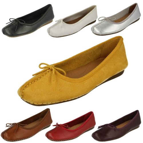Ladies Clarks Comfort Everyday Flats Freckle Ice - D Fit