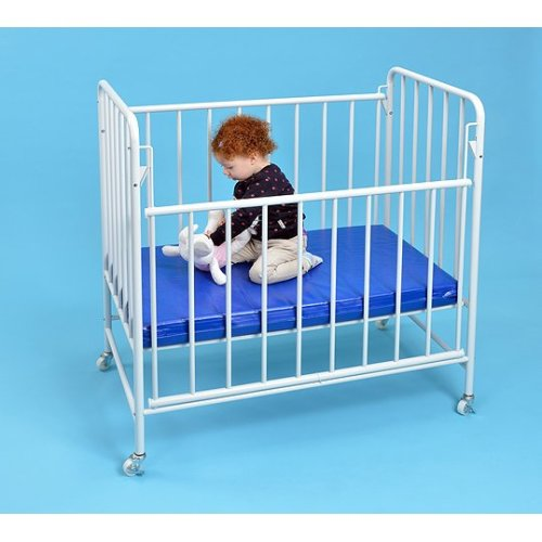 Childrens Fixed Sided Nursery Cot - FREE Mattress Included (A1553)